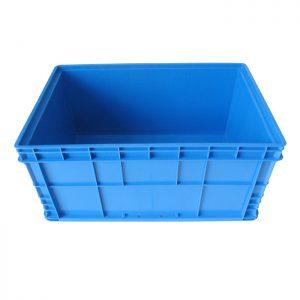 stacking crates